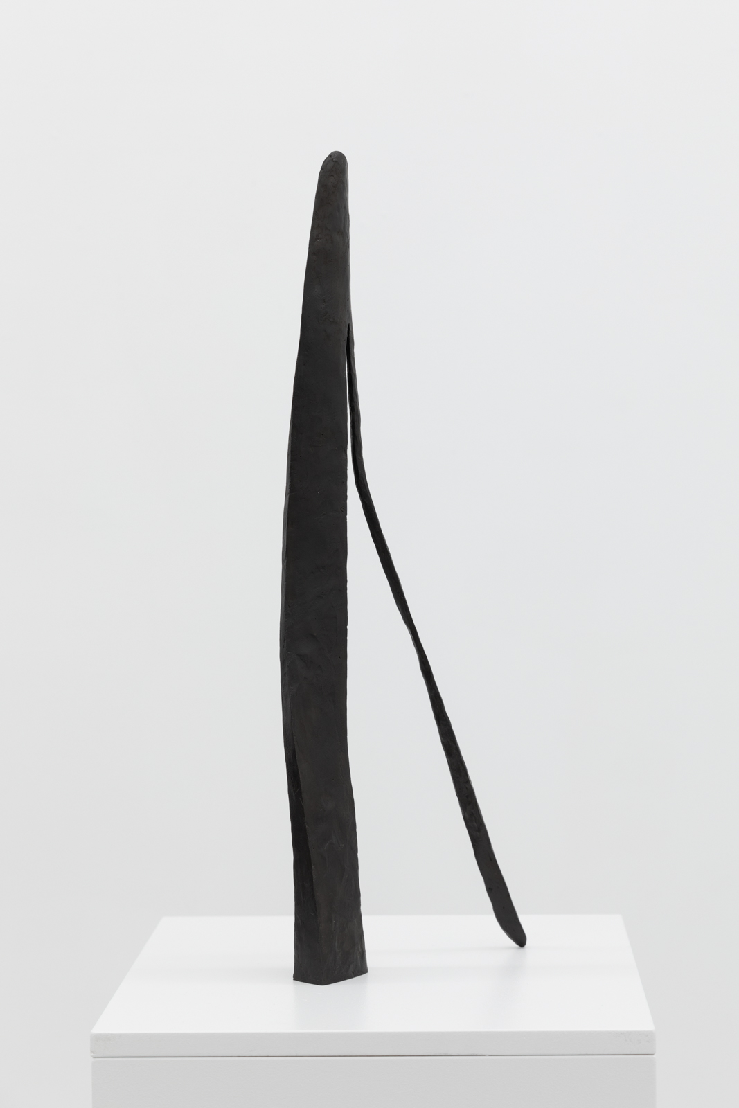 Sculpture II, 2019. Patinated bronze, H 56 x W 18,7 x D 4,2 cm, Ed. 5 + 1 AP