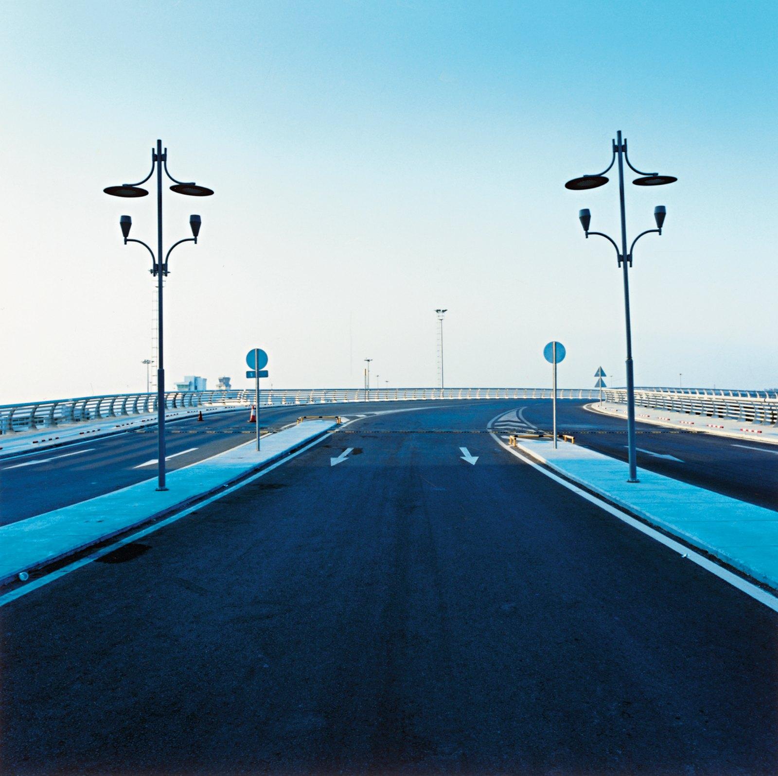 Road, Izmir  06:40, 2008, C-print, 110 x 110 cm