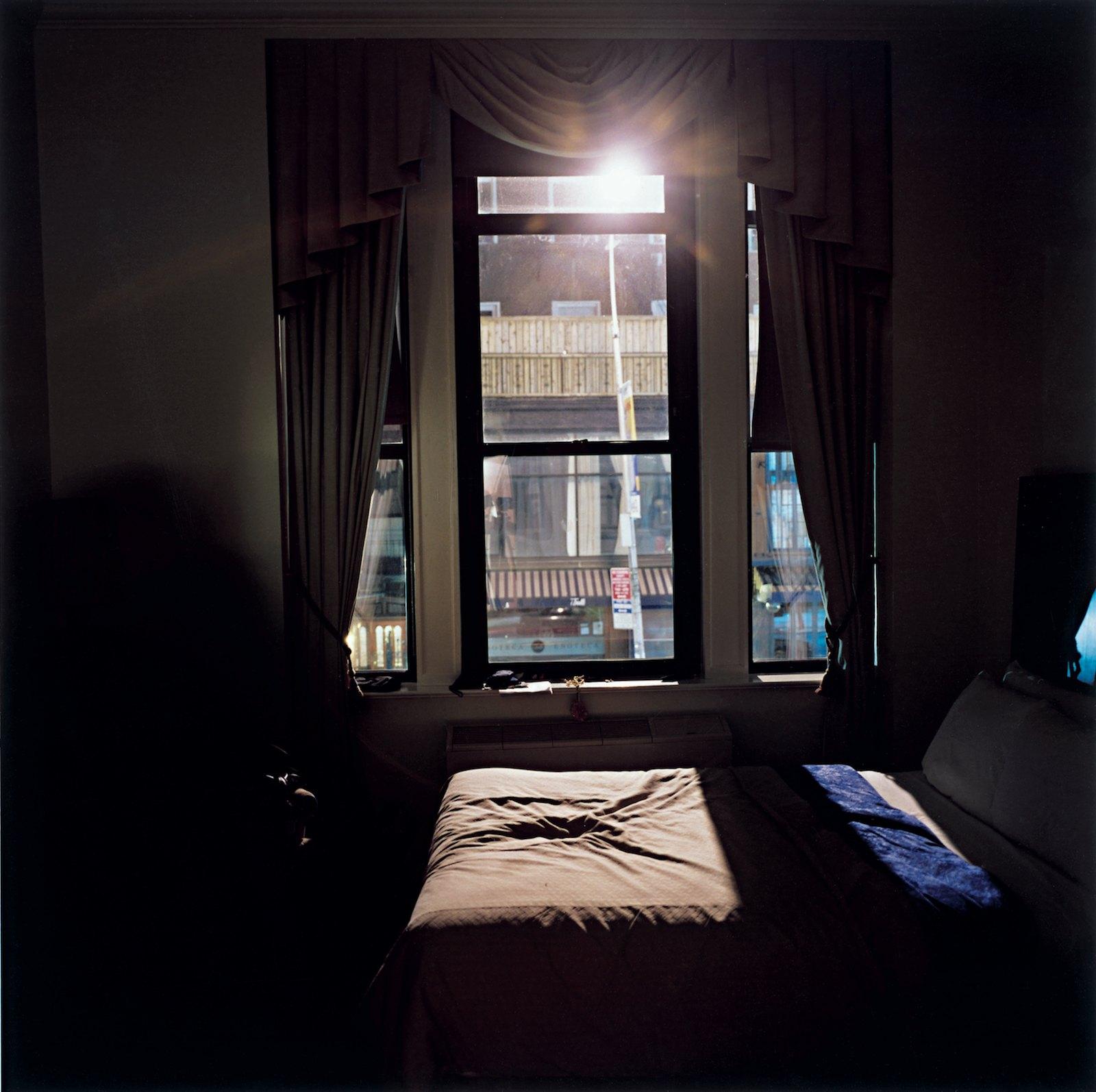 Park South Hotel 24:52, 2008, C-print, 100 x 100 cm