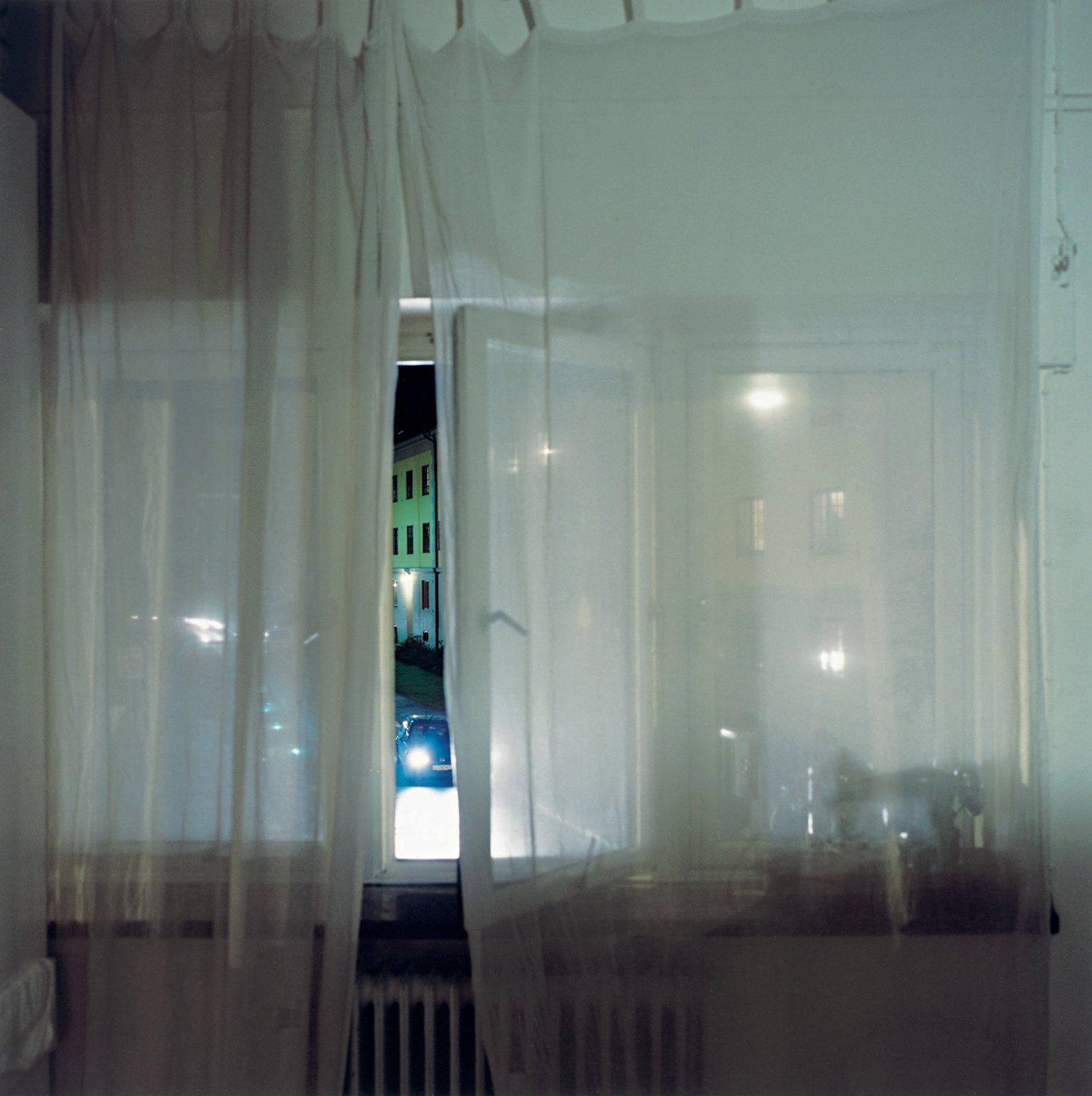 The Car 21:30, 2008, C-print, 100 x 100 cm