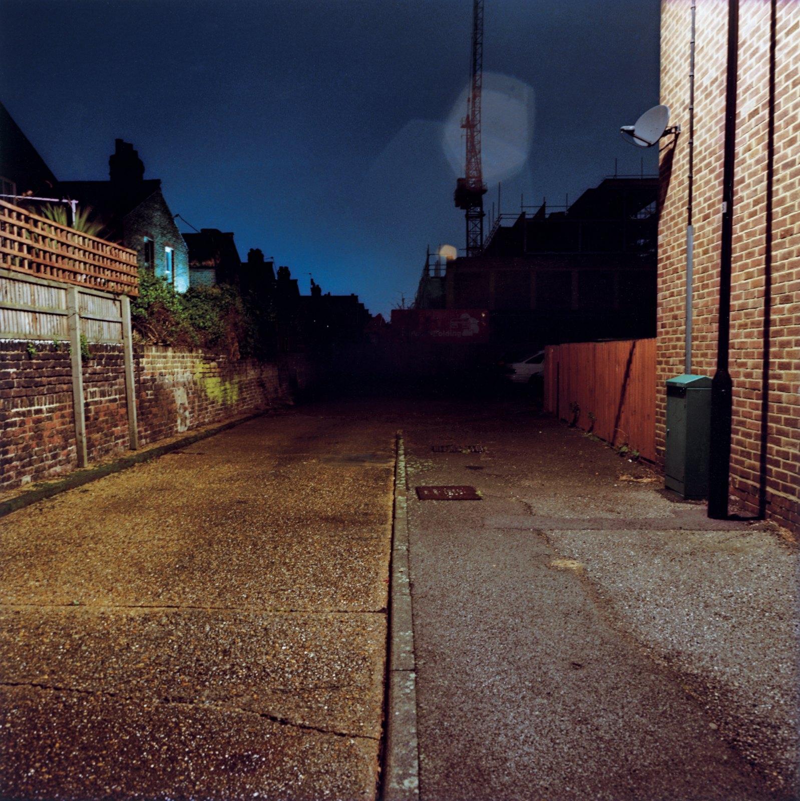 Road, London 22:45, 2008, C-print, 100 x 100 cm