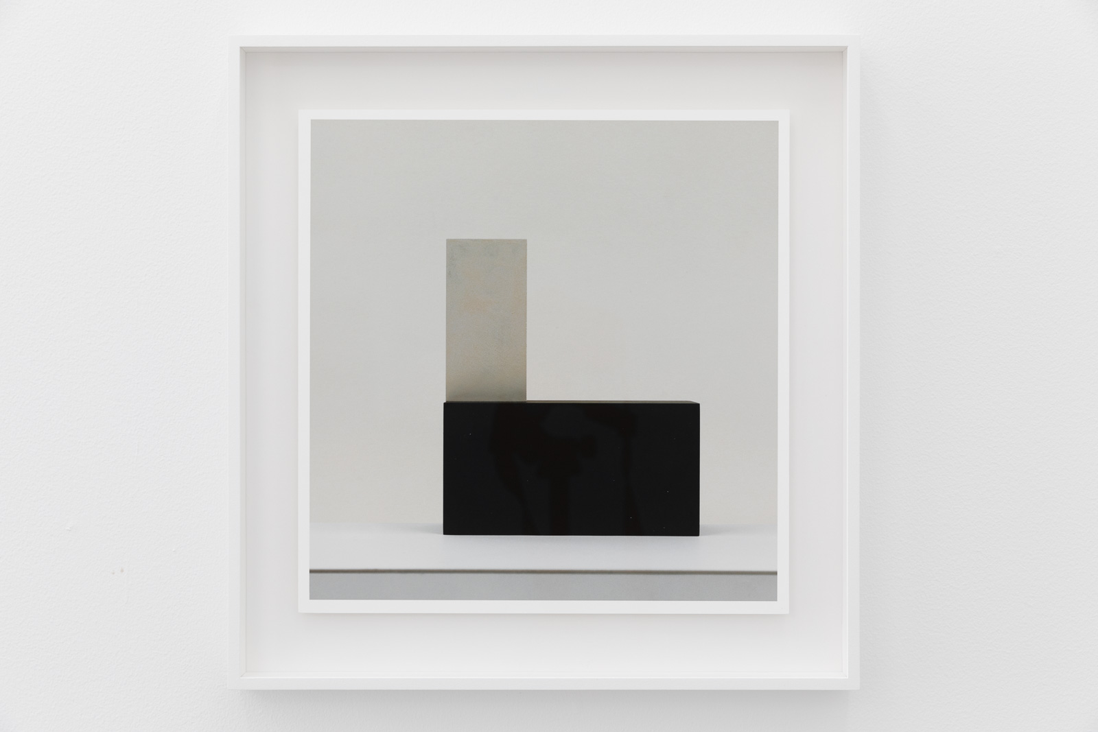 40 Pictures No 35/40, 2019. Archival inkjet print on Canson rag 210 gr. mounted on white acrylic glass. 33,4 x 32,5 cm. Ed. 5 + 2AP