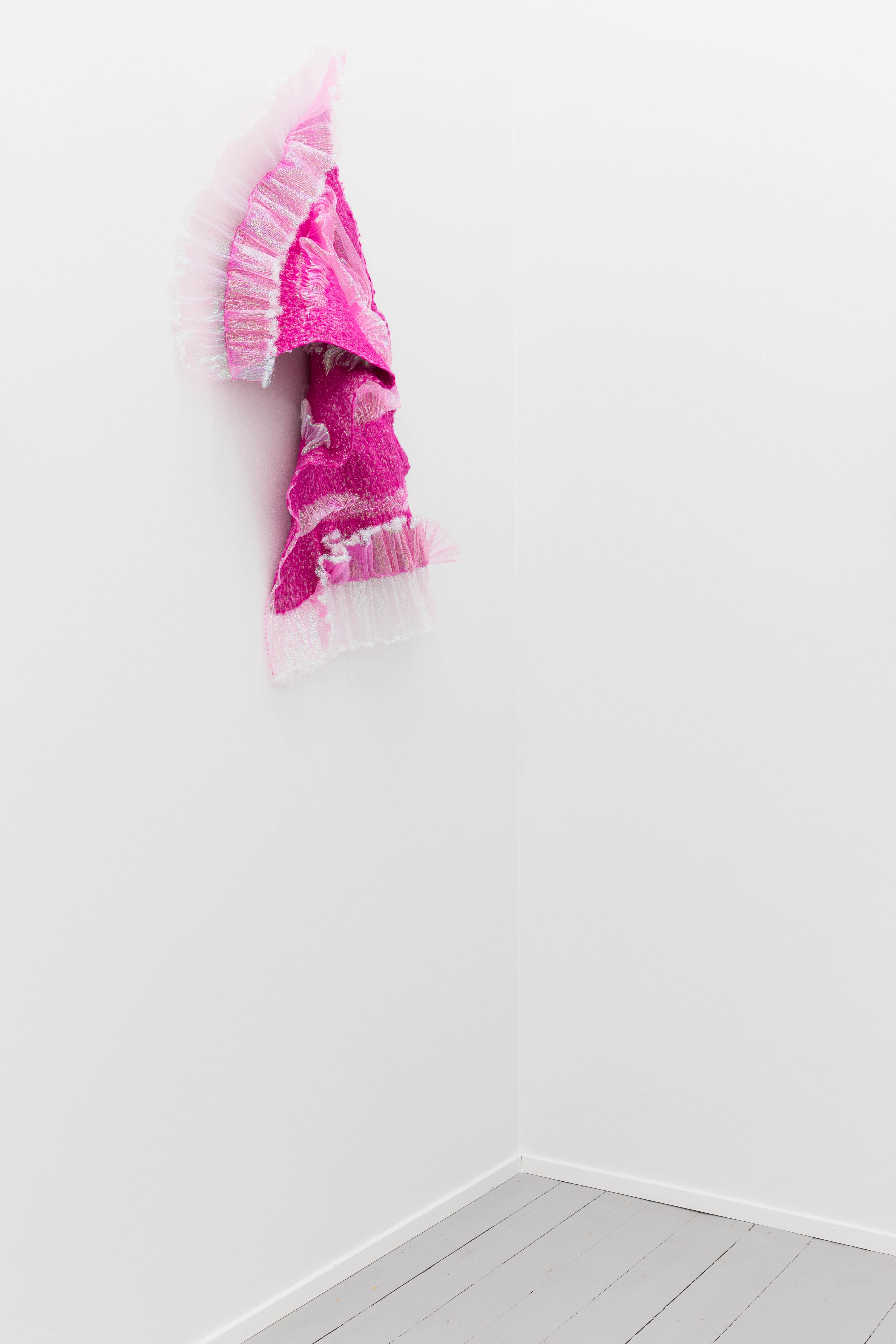 Rookie's Rave #8, 2018, Merino wool, polyester organza, 100 x 80 x 20 cm