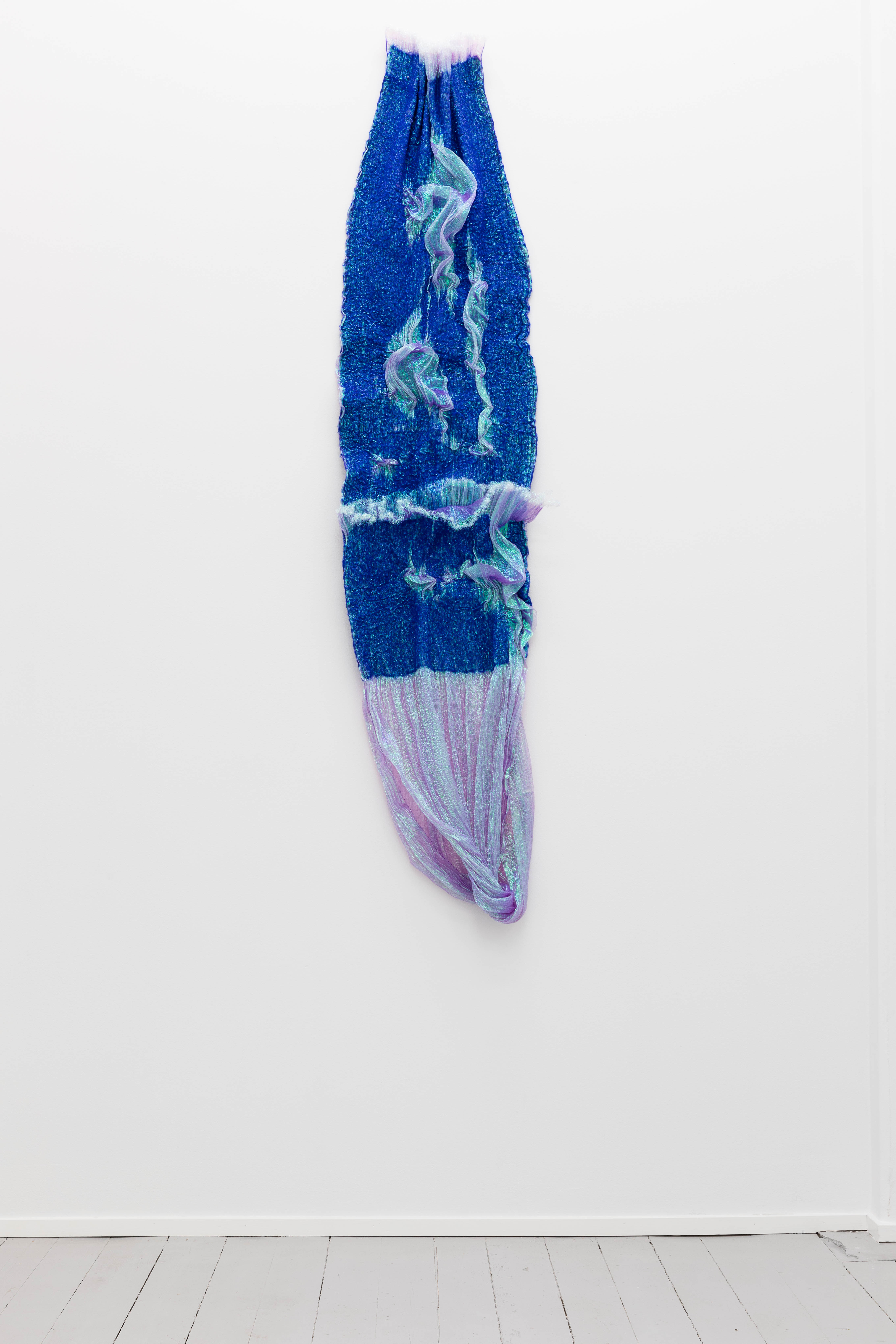 Rookie's Rave #7 Indigo, 2018, Merino wool, polyester organza, 180 x 40 x 10 cm