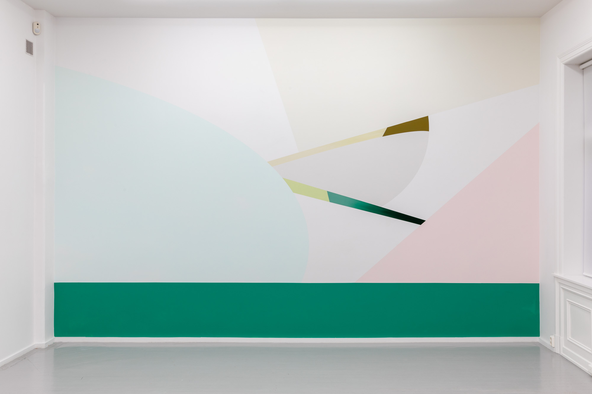 Across Corners, 2020, Acrylic on wall, 340 x 507 cm (Galleri Riis version), Unique