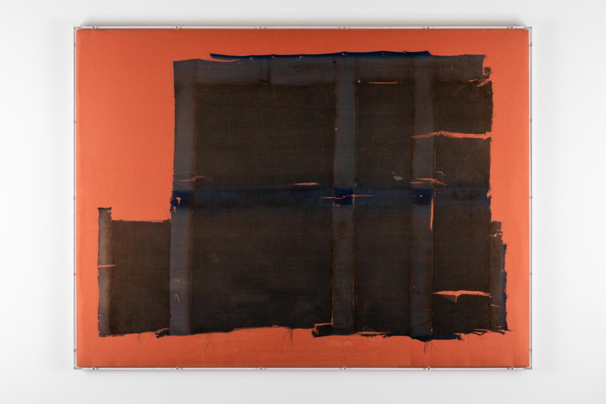 Minimal Information Peach Piano, 2020. Textiles in artist's frame (plexiglass, wood and aluminum), 110 x 146,5 x 5 cm