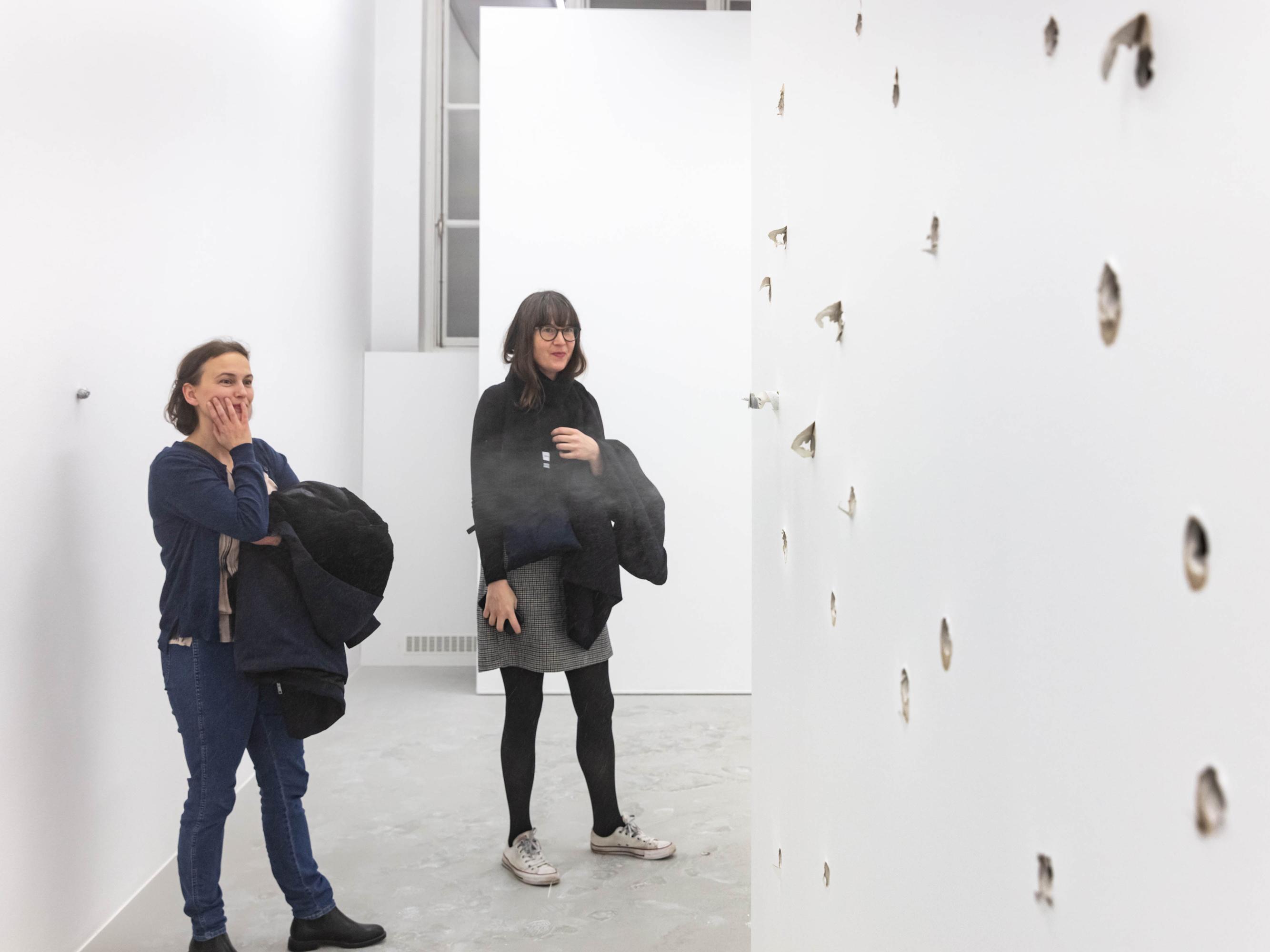 You Take My Breath Away, 2020, White cube, fan, 270 x 270 x 270 cm. Installation view and performance, Kristina Matousch, You Take My Breath Away, 2020, Cecilia Hillström Gallery. Photo: Jean-Baptiste Béranger.