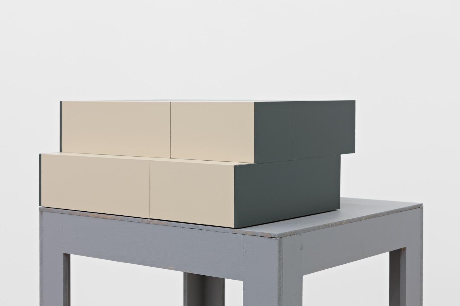 Chosement V, 2014, acrylic on MDF, 15 x 36 x 26,3 cm