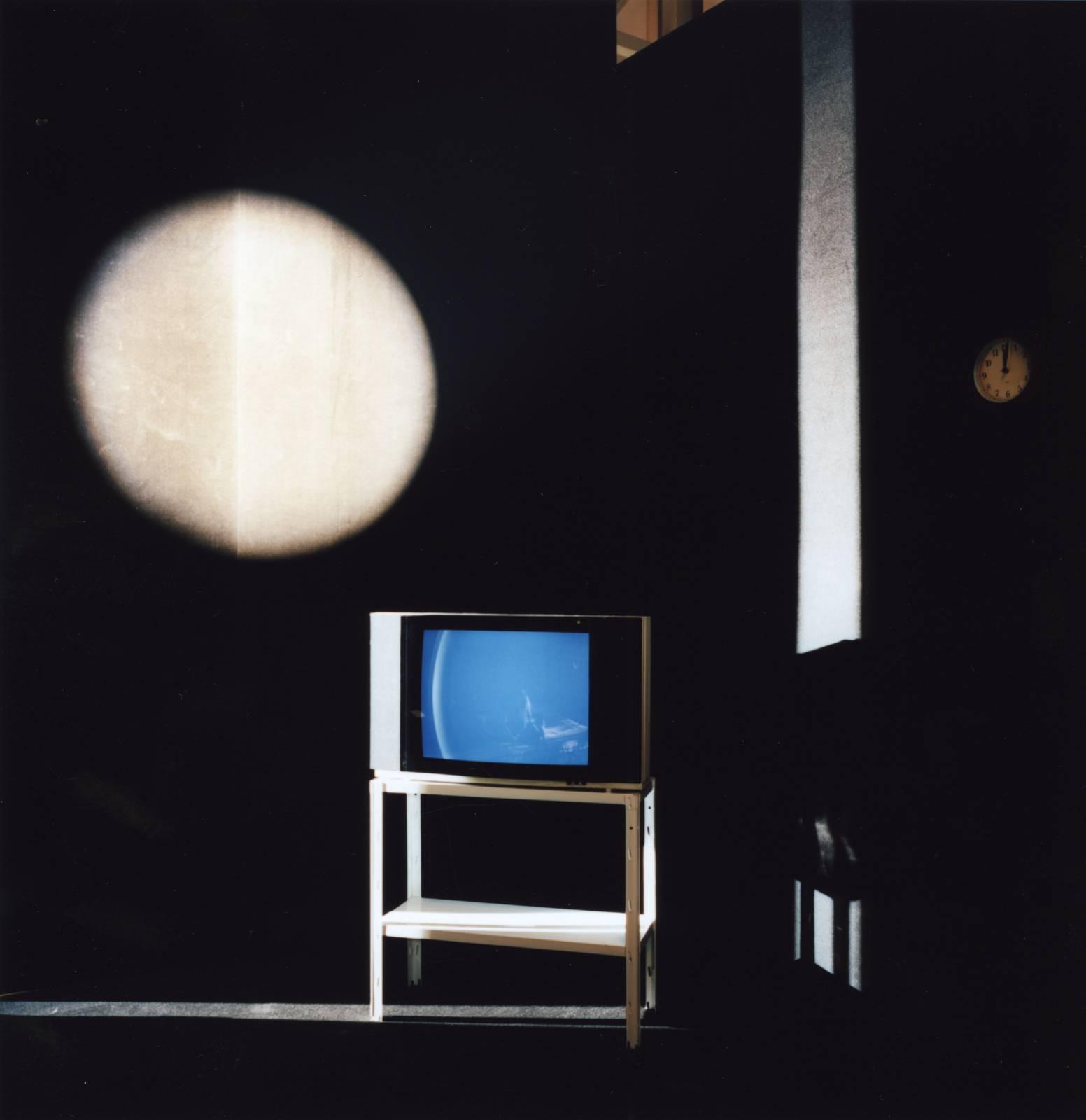 Room 2202, 2011, C-print, 80 x 80 cm