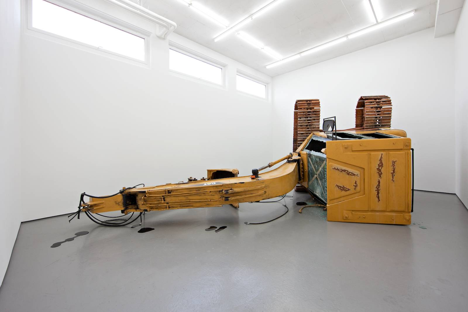 Party at the funeral, 2010-2011, epoxy, polyester, fiber glass, plastic, glass, silicon, paint, various original parts from a Caterpillar excavator, dimensions variable, ca H 220 x W 720 x D 530 cm