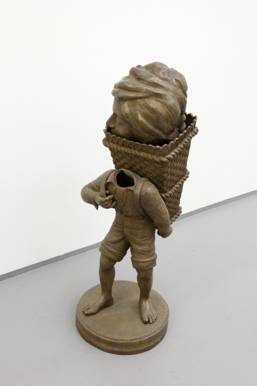 Dan Wolgers, nattfiskare (stående pojke), 2007, bronze, 124 x 44 x 51 cm