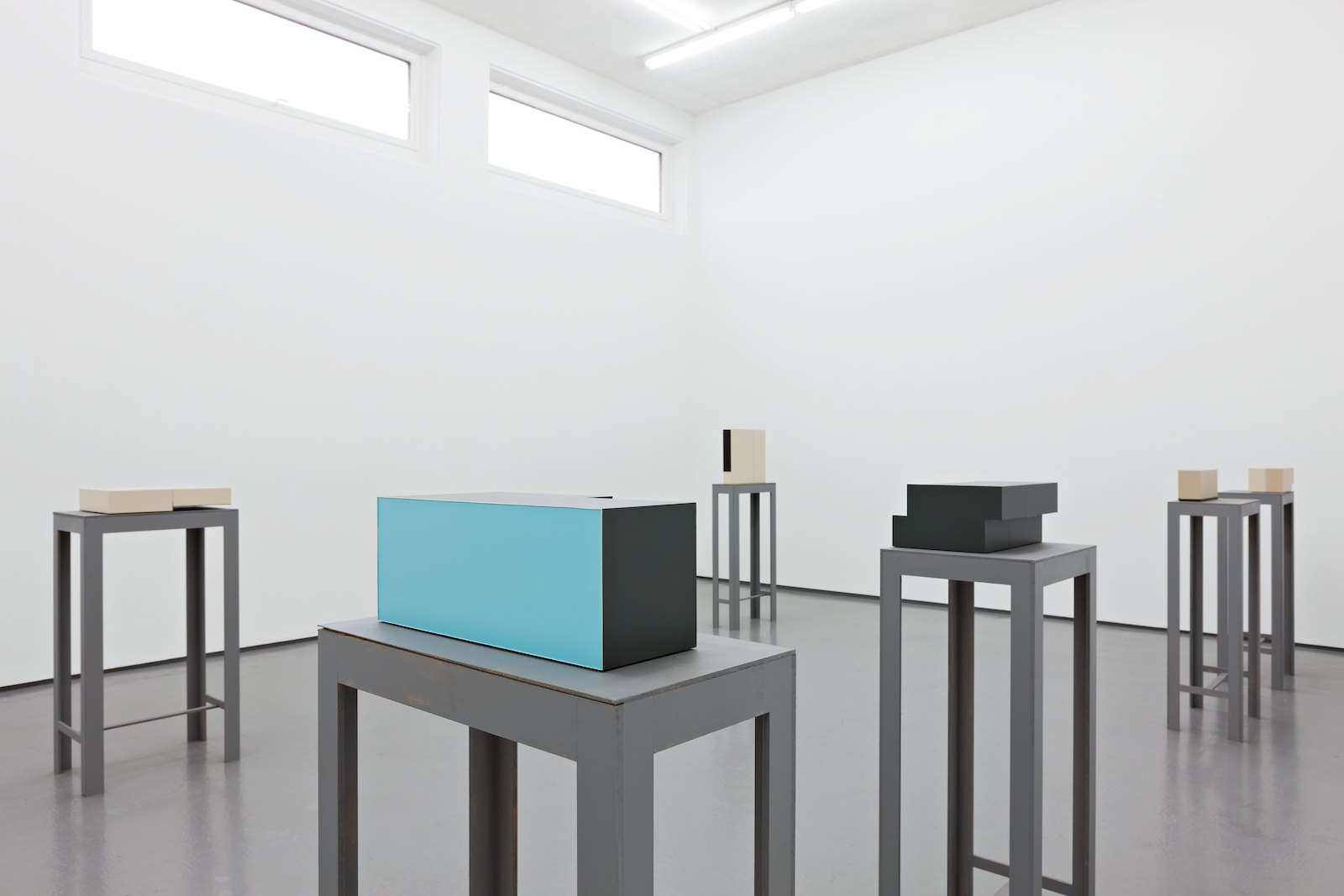Installation view, Stein Rønning, Esplaceant (Unfinished Business), Galleri Riis, Oslo, 2014