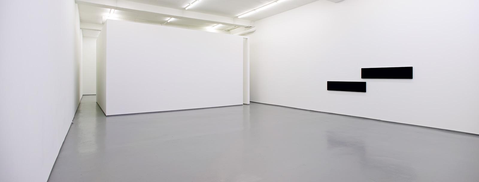 Installation view, Günter Umberg, Bilderhaus 4, Galleri Riis, Oslo, 2007