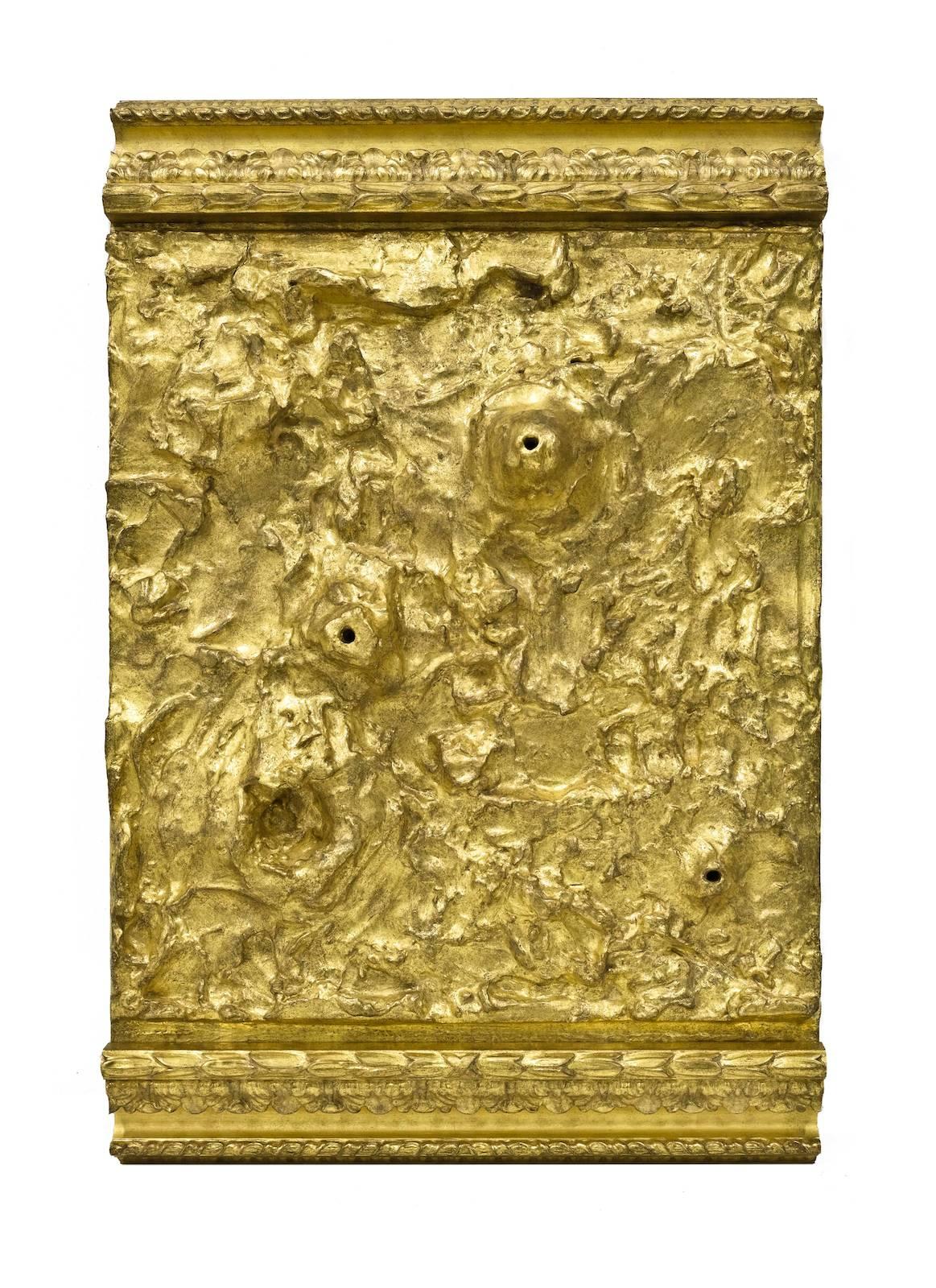 Untitled, 2017, wood, acrylic paste, gold leaf, 76 x 50 x 17,5 cm