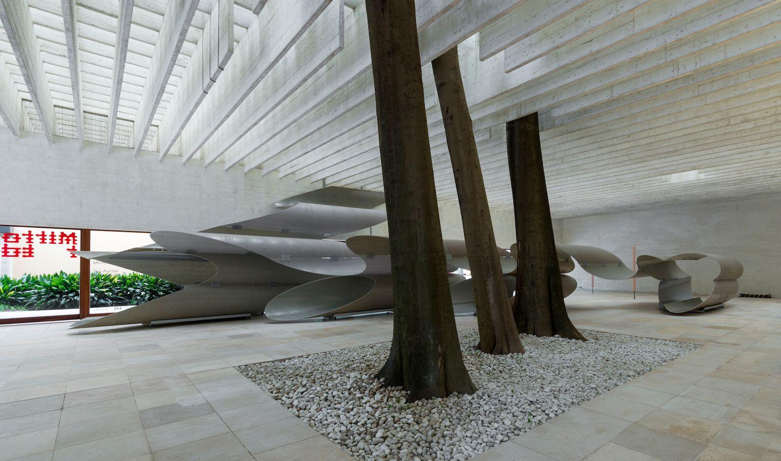 Onda Volante (Flying Wave), 2017,  fiberglass reinforced polyester, metal fittings, Nordic Pavilion Venice 2017, image courtesy of Moderna Museet, Photo: Åsa Lundén