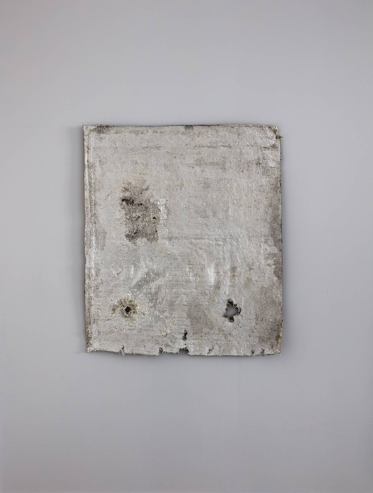 Claude Ballin (Council of Hieria), 2017, baluch rug, ruler, silverleaf, lacquer, 86 x 74 cm