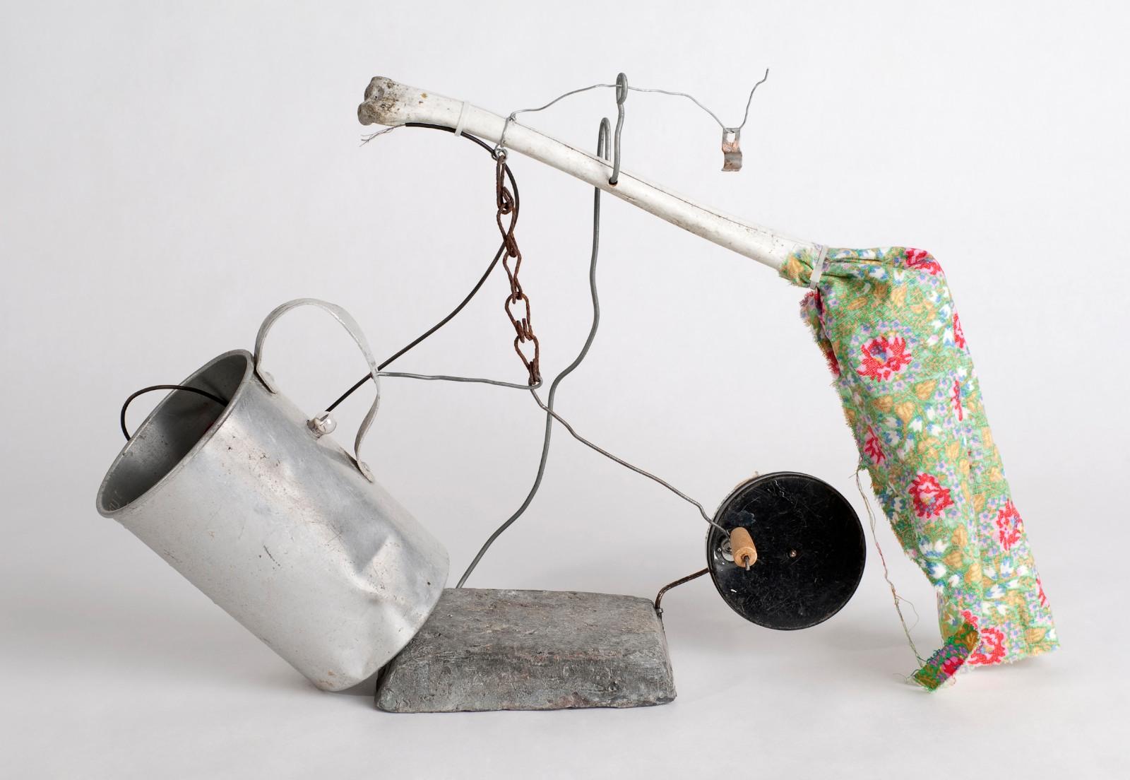 Studie (öra), 2009, assemblage, 31 x 41 x 10 cm