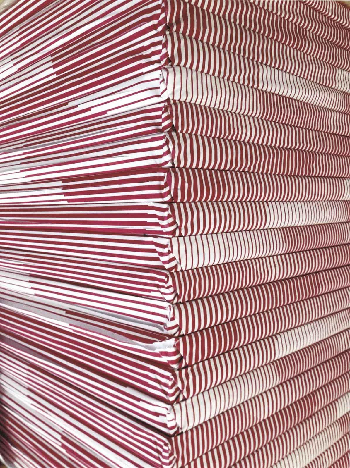 corner red/white, 2017, archival inkjet print, 146,6 x 110 cm, Edition 5