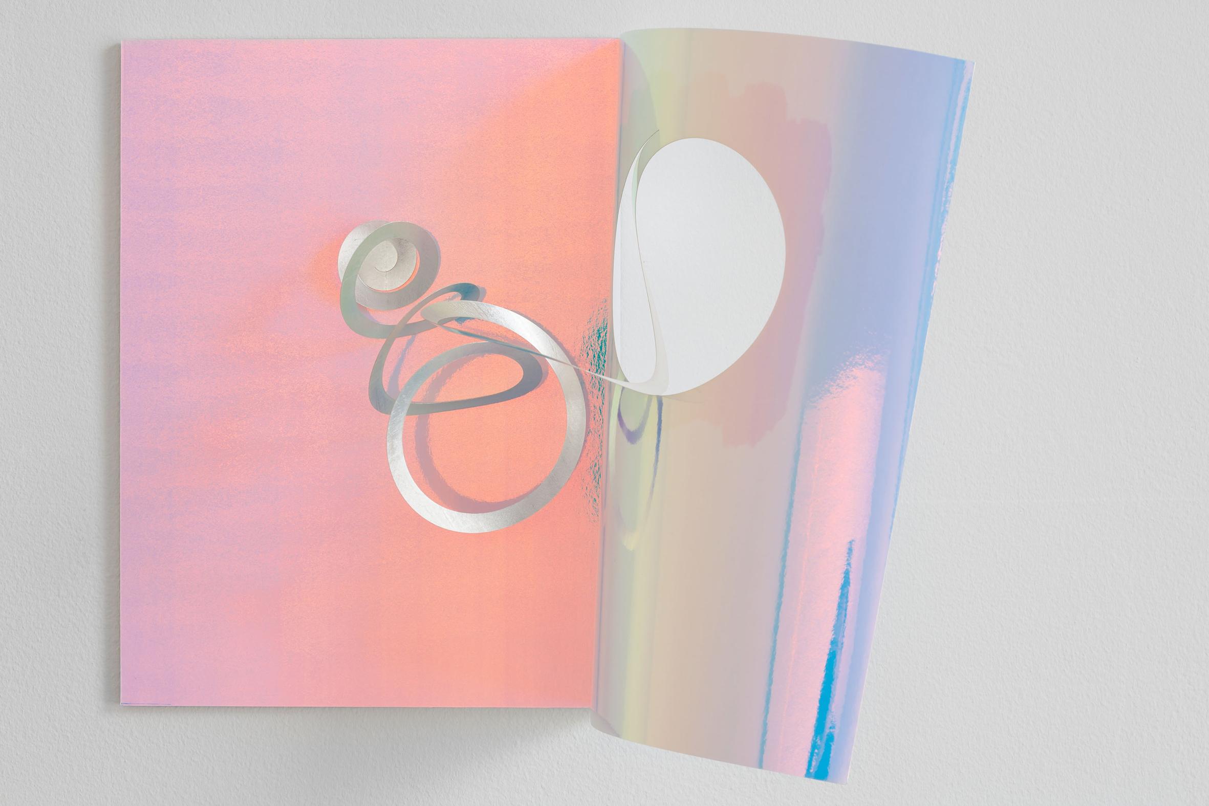Stay put, 2013, Cardboard, silver leaf, wooden panel, 30 x 40 x 0,5 cm