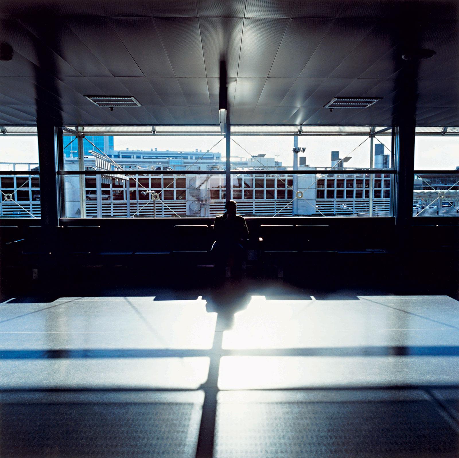 Helsinki Airport 14:07, 2008, C-print, 120 x 120 cm