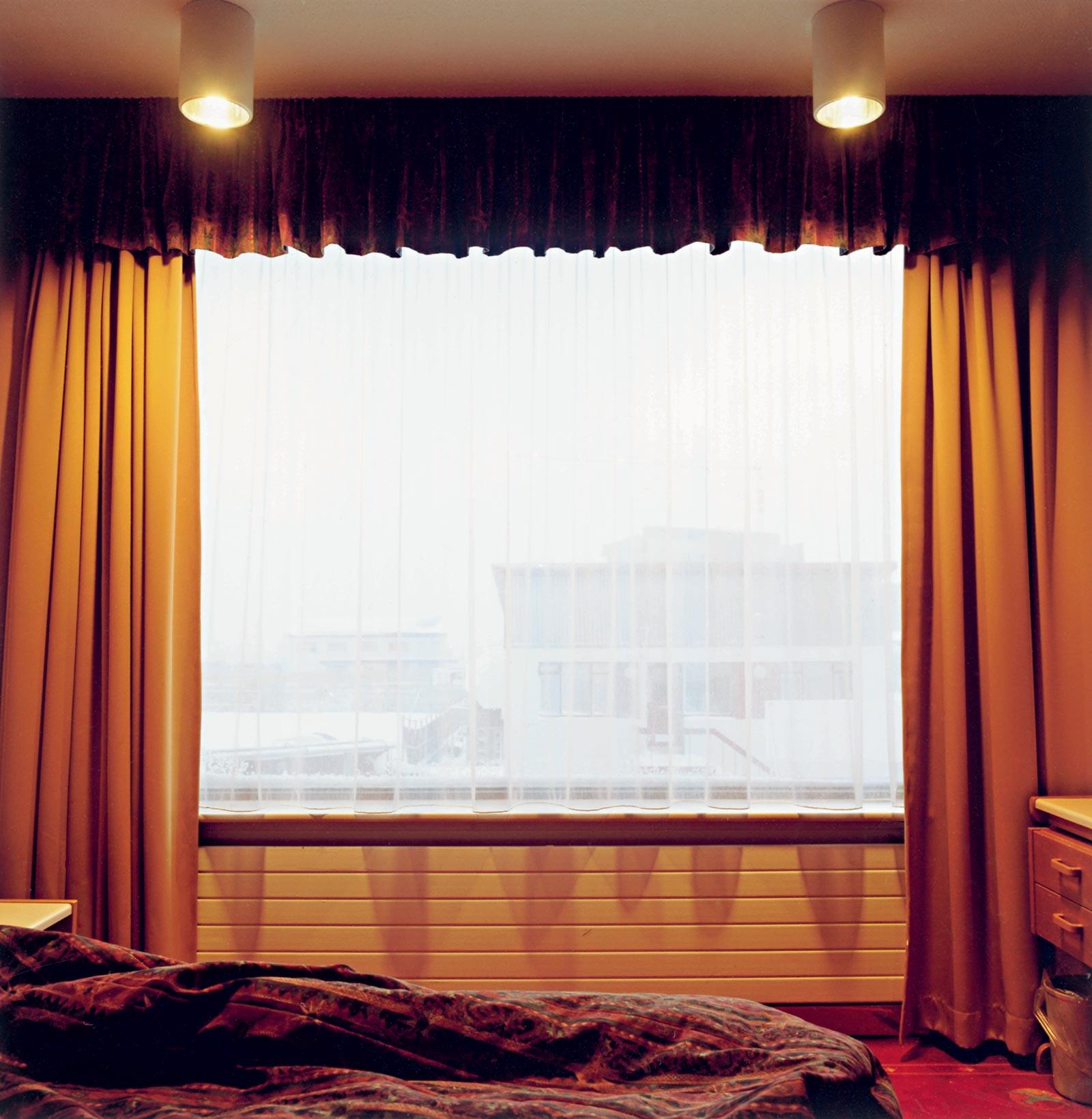 Hotel Keflavik 15:03, 2008, C-print, 65 x 65 cm