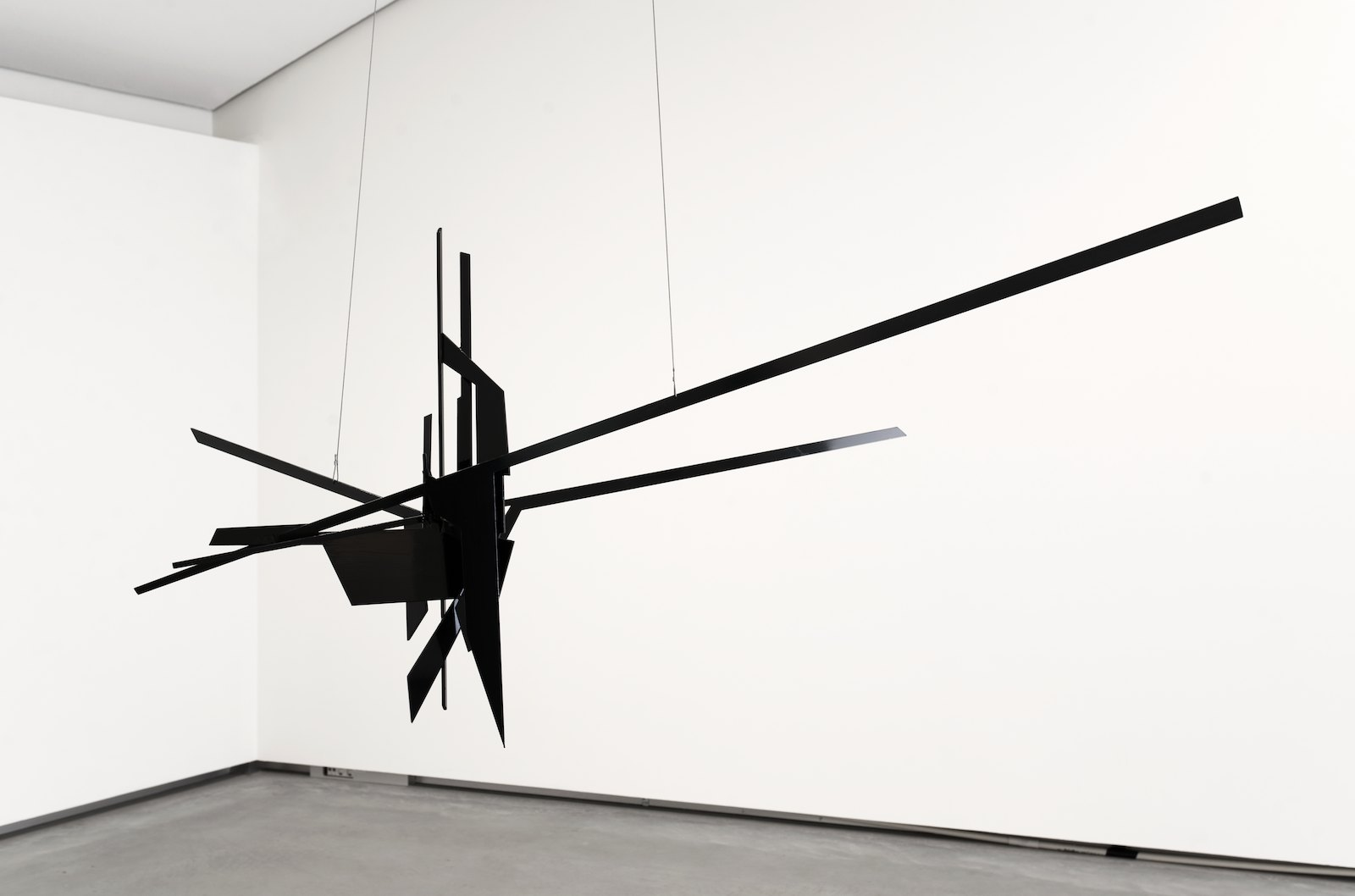 Folded Perspective, 2015. Steel and oil paint, 72 x 170 x 62 cm. Installation view NN-A, NN-A, NN-A, Ny Norsk Abstraksjon, Astrup Fearnley Museet, Oslo 2015